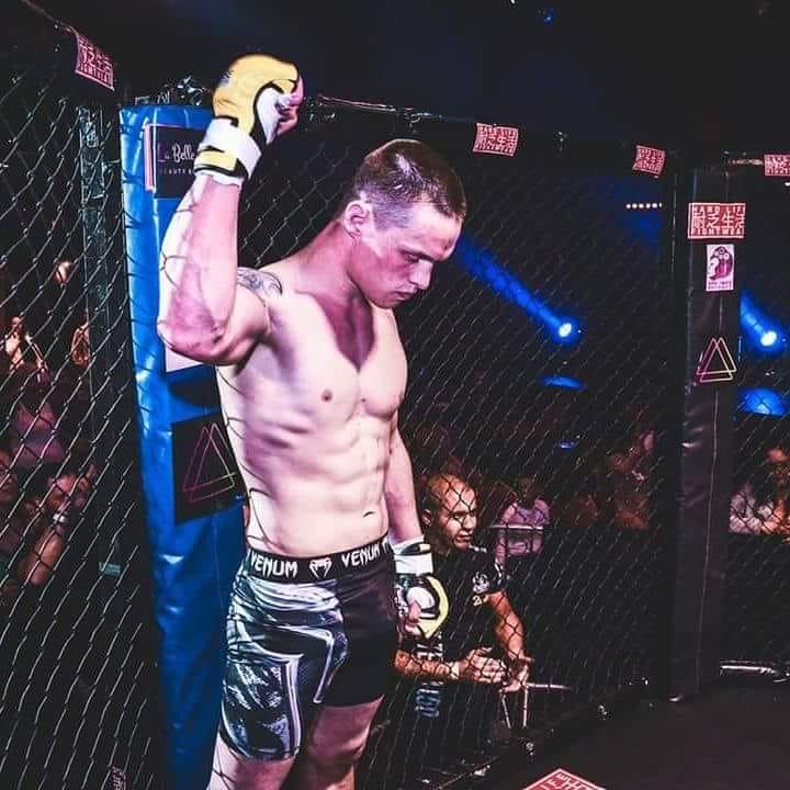 Yves Nieman, MMA-vechter